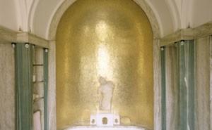 Eltham Palace - Virginia's bathroom