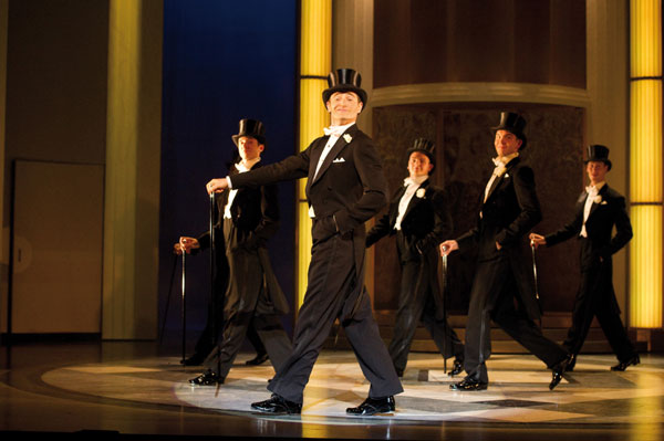 Tom Chambers as Jerry Travers in Top Hat. Photo by Alaistair Muir