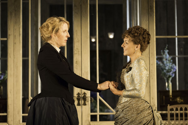 Hedda Gabler at The Old Vic (c) Johan Persson