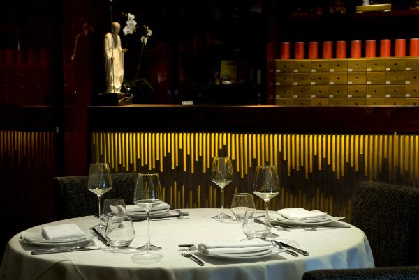 Royal China Club - interior