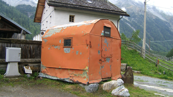 Messner-Old-mountain-survival-hut