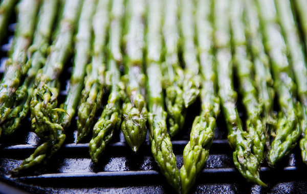 griddled asparagus cut