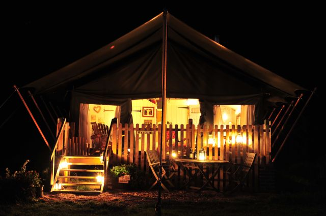 Carry on Glamping: Dandelion Hideaway
