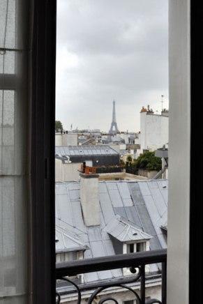 Pavillons des Lettres room view