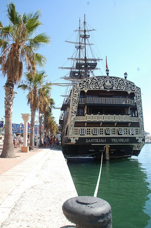 Alicante pirate ship
