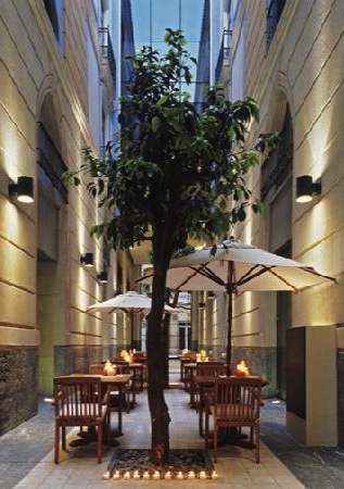 Monastrell courtyard
