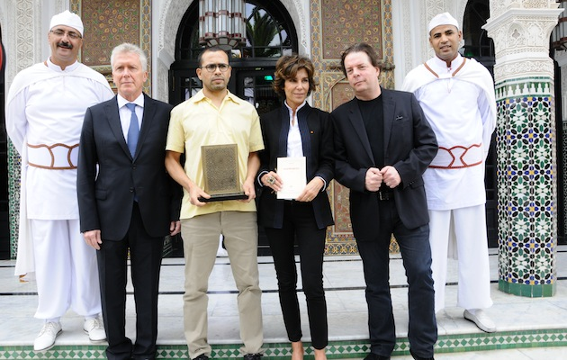 Winner Rachid O (centre) with (clockwise from left) La Mamounia GM Pierre Jochem, Lauréat Christine Orban and Jury President Douglas Kennedy