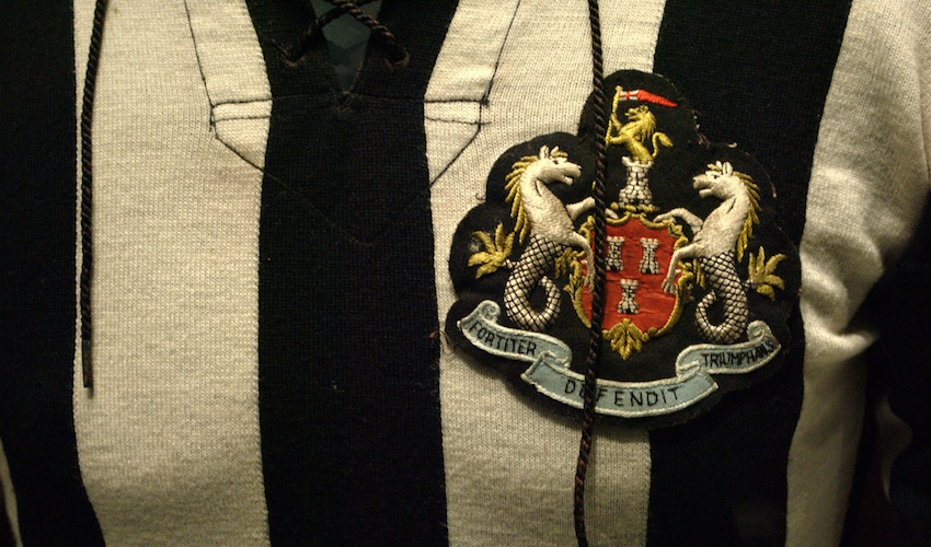Newcastle NUFC shirt
