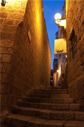 5424_ Alley in Old Jaffa 2_norm.jpg