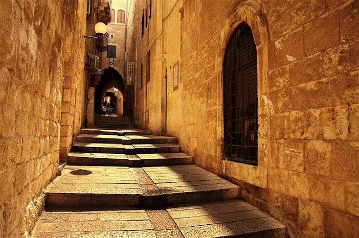 IMG_5691 Jewish Quarter alleys_norm