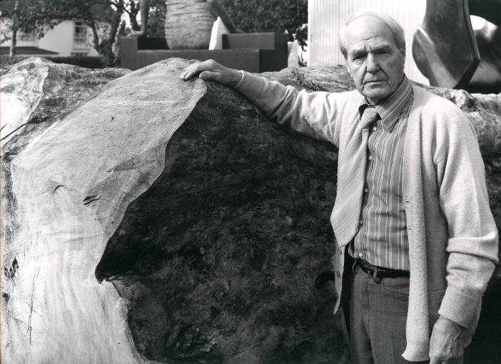 Henry Moore7