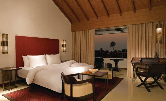 aliladiwagoa-loftroom-bedroom